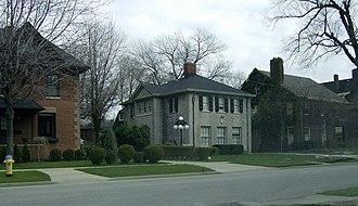 Walkerville, Ontario - Image: Windsorwalkervillety picalhome