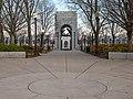 World War II Memorial (cf0d13ad-711e-4b11-987e-a1fec8bd5f20).jpg