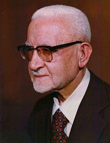 Yadollah Sahabi Portrait.jpg