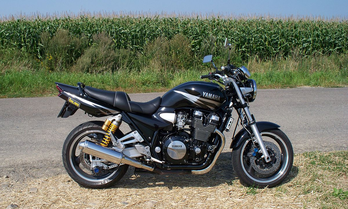 yamaha xjr 1300 wikipedia wolna encyklopedia. Black Bedroom Furniture Sets. Home Design Ideas
