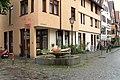 Zwiebelbrunnen Esslingen historische Innenstadt.jpg