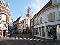 Zwolle, straatzicht2 met Peperbus foto2 2010-07-03 08.42.JPG