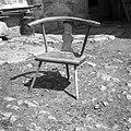 """""""Kantrega"""" (ognjiščni stol) od l 1929, naredil 71- letni Ražem Karlo, Kozjane 1955.jpg"""