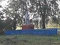 Братська могила в центрі села Вовківці 59-241-0021.jpg