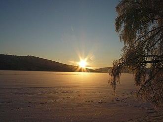 Zapovednik - Image: Вид с берега на озеро (зима)