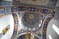 Внутреннее убранство Армянской церкви в Ялте.jpg