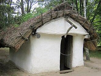 Pereiaslav-Khmelnytskyi - Image: Жилище ХІ века