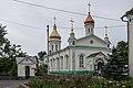 Церковь Троицы Живоначальной и часовня с родником.jpg