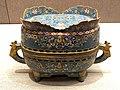 铜胎掐丝珐琅兽面纹簋 1536.jpg