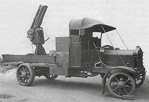 QF 13-pounder 6 cwt AA gun - On Mk I mount, on a Daimler Mk 3 lorry