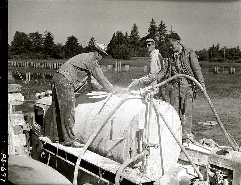 File:1945. Mixing lead arsenate. Hemlock looper control project. Clatsop County, Oregon. (32113674334).jpg