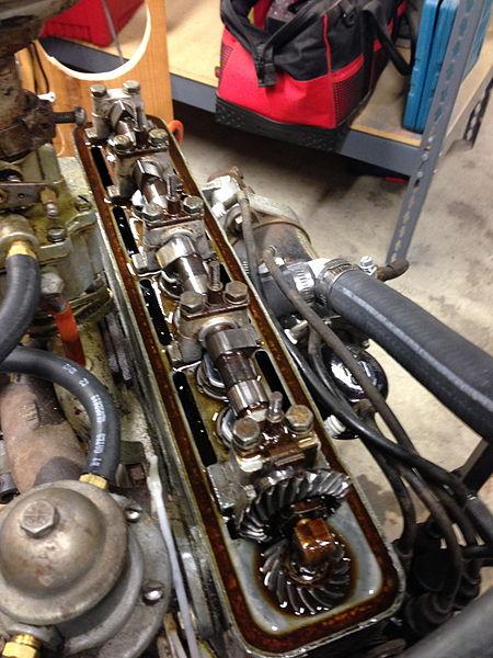 File:1948 Crosley COBRA engine OHC.jpg