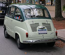 1959 Fiat 600 Multipla rear.jpg