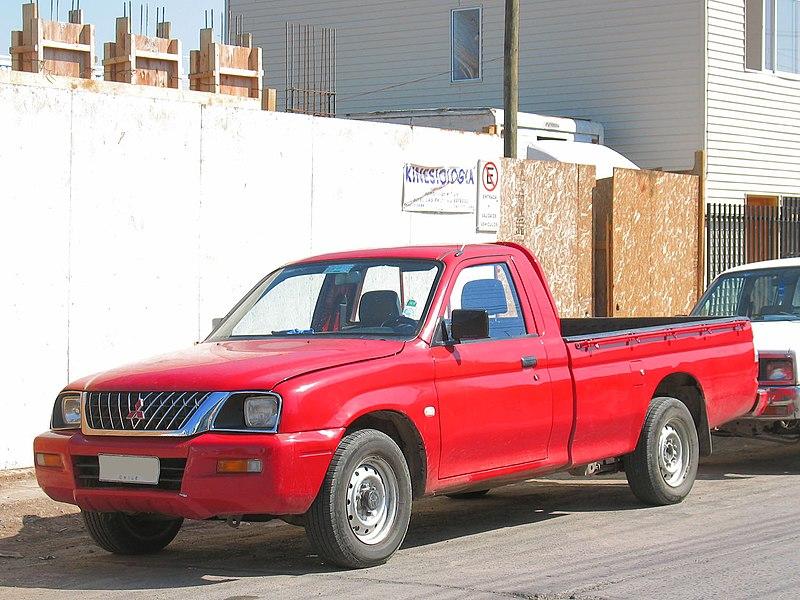 File:2003 Mitsubishi L200.jpg