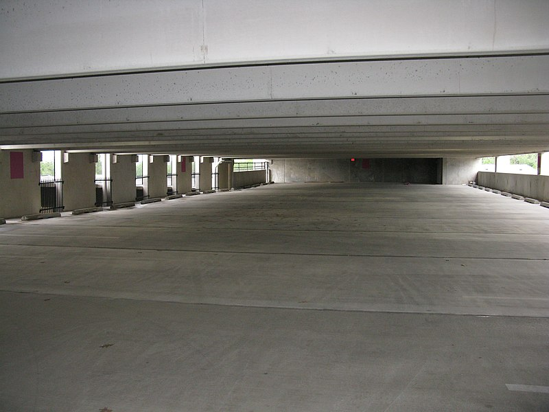 File 2008 06 04 Russett Concord Park Parking Garage 2