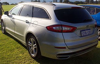 Ford Mondeo (fourth generation) - Image: 2015 Ford Mondeo (MD) Ambiente station wagon (2015 11 14) 02
