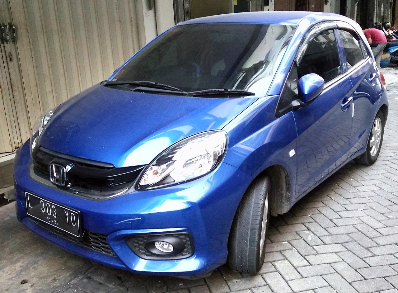 File:2016 Honda Brio Satya E (facelift), West Surabaya.jpg
