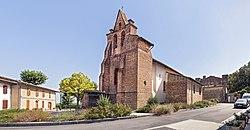 31 - Gémil - Place de l'église.jpg