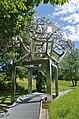3D Fraktal 03-H-dd by Hartmut Skerbisch, Österreichischer Skulpturenpark 02.jpg