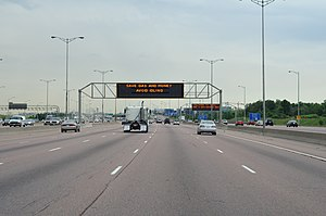 English: Highway 401's widest point: 18 lanes ...