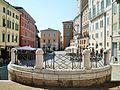 AN piazza del Plebiscito retro fontana.JPG
