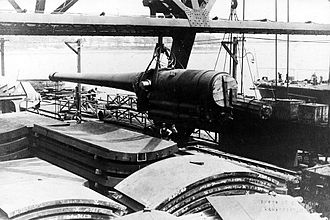 "12""/50 caliber gun (Argentina) - a main gun of the battleship ARA ''Moreno'' during its construction, sometime between 1910 and 1915."