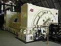 A tiszaújvárosi AES Tisza II hőerőmű ORV220 típusú, Ganz Villamosági Művek gyártmányú, háromfázisú, szinkronfordulatú generátorja.jpg