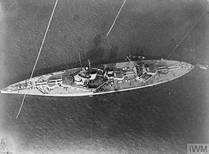 HMS King George V (1911) - Aerial view of King George V at anchor, about 1917
