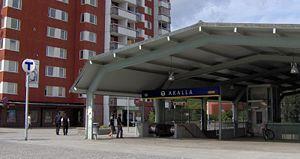 Akalla metro station - Image: Akalla tunnebanestation, ingång