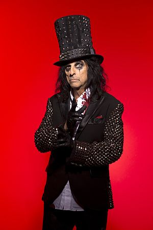 Ross Halfin - Photo of Alice Cooper by Halfin, 2011