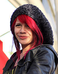Allison Iraheta în Los Angeles, California (2010);