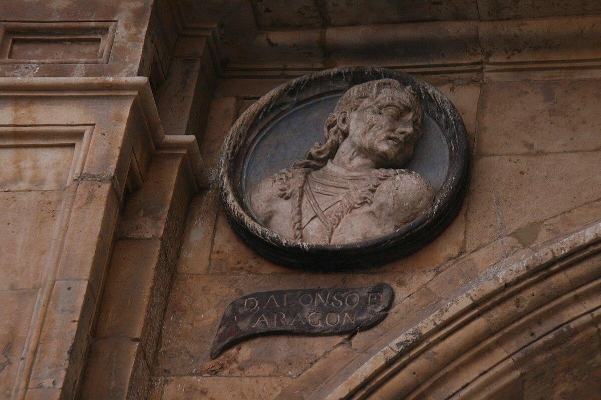 Alonso de Aragón-Plaza Mayor de Salamanca.JPG