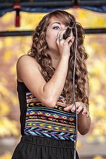 Angie Miller (American singer)