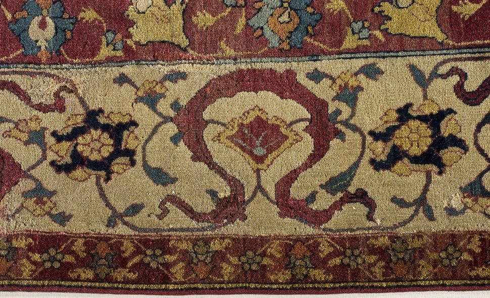 Ardabil Carpet LACMA 53.50.2 (5 of 8)