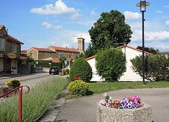 Ardoix - The church and surroundings in Ardoix