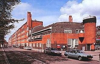 Amsterdam School - 'Het Schip' apartment building, Zaanstraat