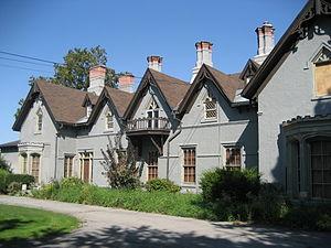 Fennell Avenue (Hamilton, Ontario) - Auchmar, one-time estate of Isaac Buchanan