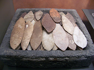 Knapping - Aztec stone knives