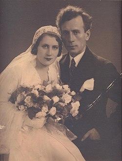 BASA-1155K-1-322-1-Rayko Aleksiev and Vesela Grancharova, 1932.jpg