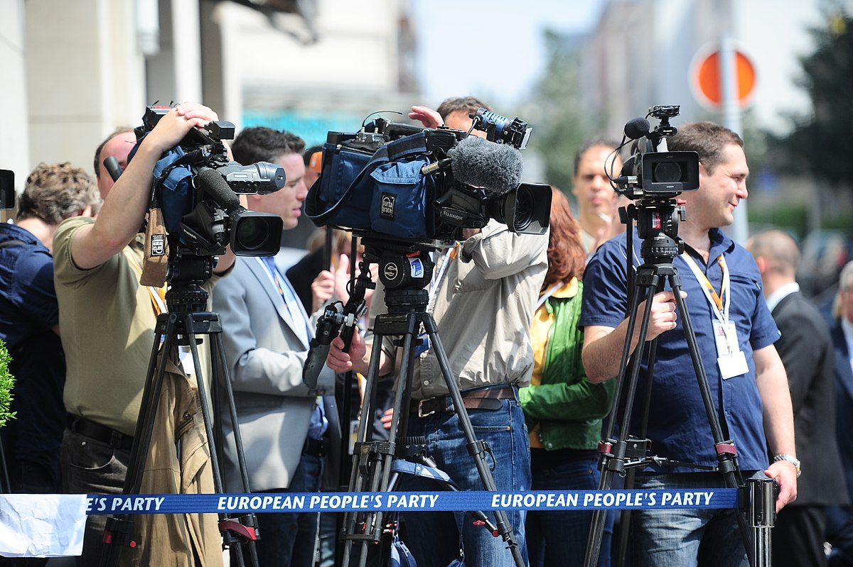 journaliste  u2014 wikip u00e9dia