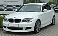 BMW 123d Coupé Sportpaket BMW Performance (E82) front-1 20100914.jpg