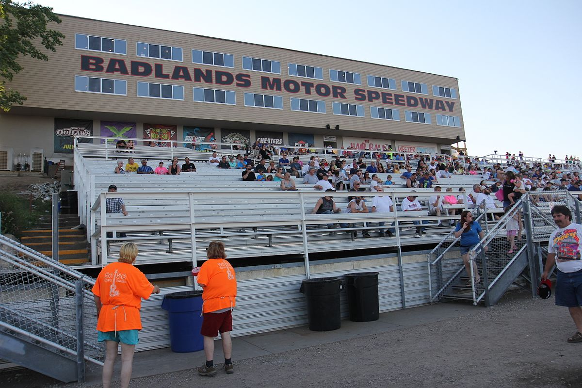 Badlands Motor Speedway Wikipedia