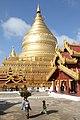 Bagan-Shwezigon-100-Zentralstupa-gje.jpg