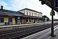 Bahnhof Lehrte Bahnsteig (1).jpg