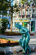 Baigneuse, place de Bretagne