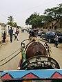 """Balade en """"charette"""" dans le Vieux Rufisque au Sénégal.jpg"""