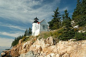 Bass Harbor Head Light - Image: Bass harbor head light 20041002 123635 1.1504x 1000