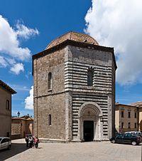 Battistero di San Giovanni, Volterra-8305.jpg