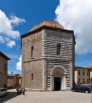 Volterra Baptistery of San Giovanni - Image: Battistero di San Giovanni, Volterra 8305