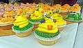 Bee cupcake closeup at Gardiner cupcake festival.jpg